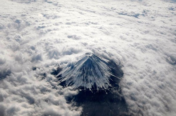 aerial-mount-fuji-from-above-the-clouds