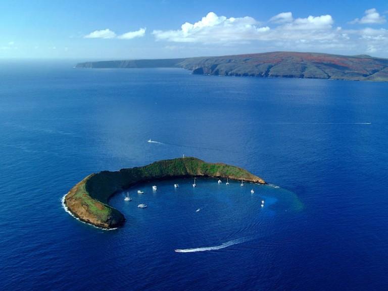 HI 020113-244 Molokini Island,  Maui January 13, 2002