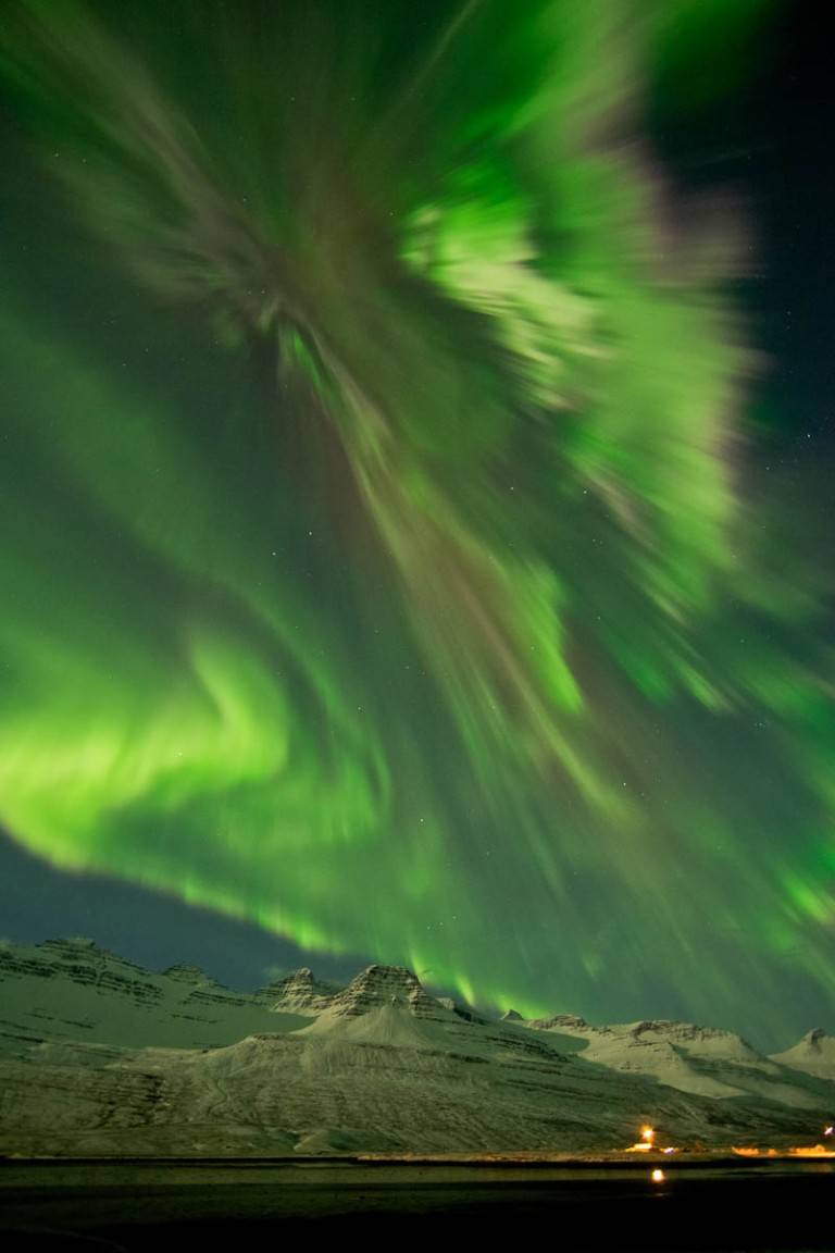 northern-lights-aurora-borealis-in-iceland