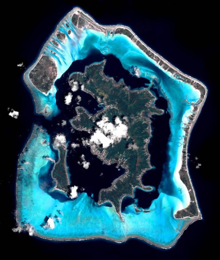 satellite-aerial-bora-bora-from-space-pleiades-france