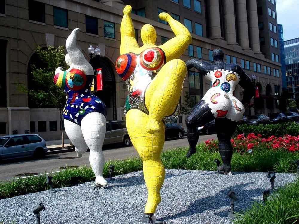 Niki de Saint Phalle (1930-2002) Les Trois Graces